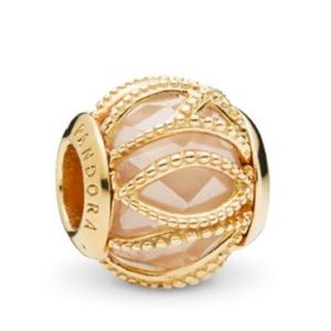 New Pandora Shine Golden Intertwining Charm